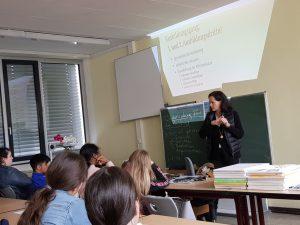 Schulleiterin der Pflegeschule Martin Luther Stiftung besucht die Lindenauschule